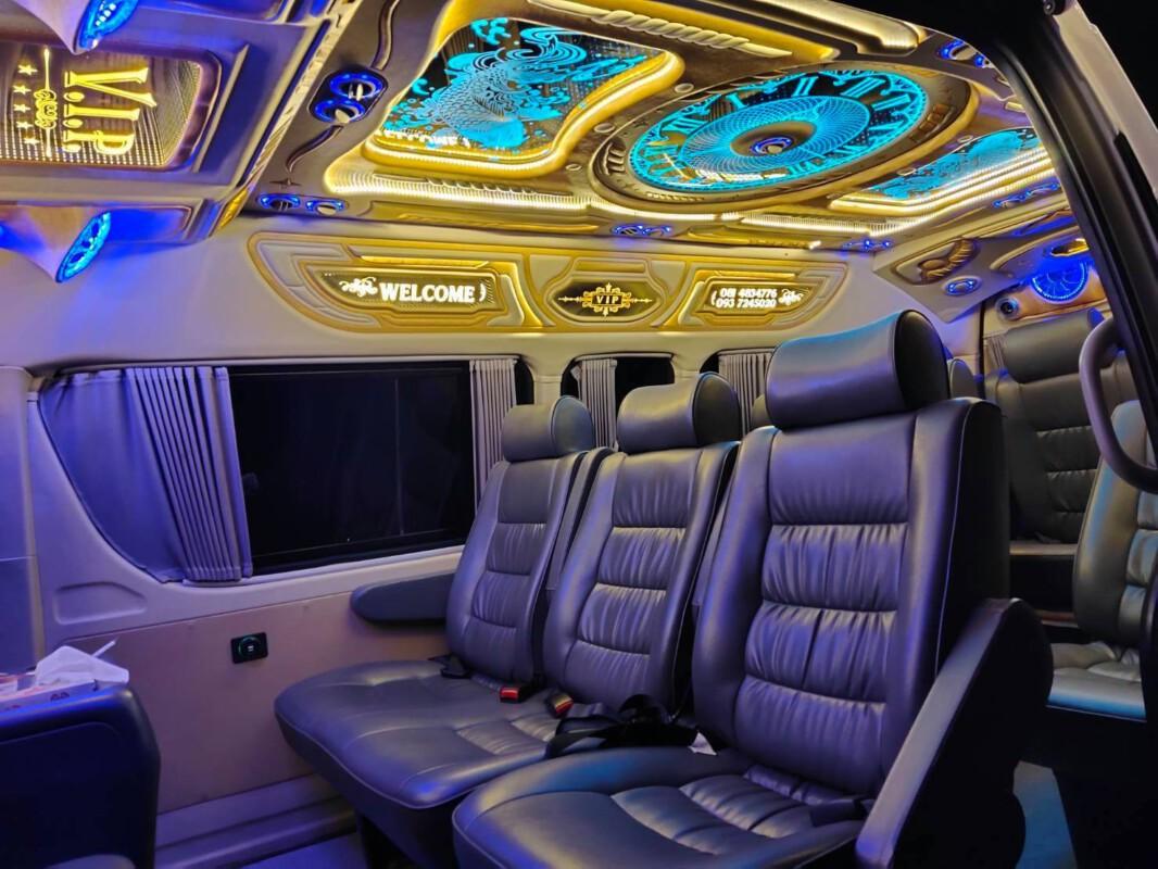 รถตู้ให้เช่าเหมา.com บริการเช่าเหมารถตู้ VIP 8 ที่นั่ง 10-13 ที่นั่ง พร้อมคนขับ (58)